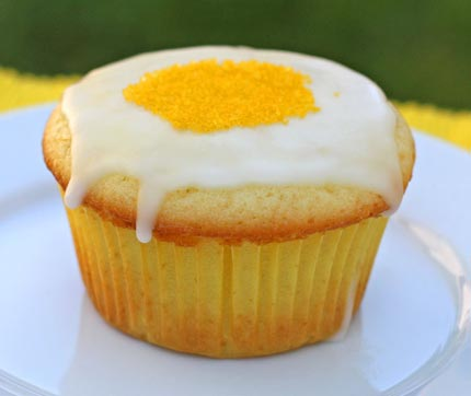 lemon-cream-cupcakes-4